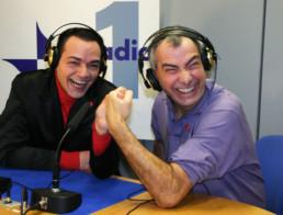 Con Luca Giurato nello studio di Rai Radio 1 durante una puntata del mio programma quotidiano Il ComuniCattivo