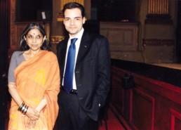 Con Tara Gandhi Bhattacharjee, la nipote del Mahatma