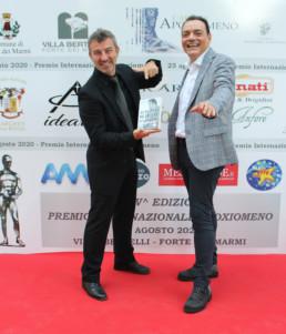 Igor Righetti con il fotografo delle star Alessandro Canestrelli.