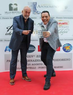 Igor Righetti con lo scrittore e autore di Striscia la Notizia, Lorenzo Beccati